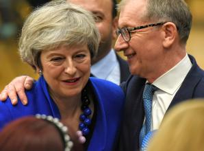 General election 2019: Theresa May holds Maidenhead seat
