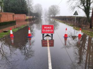 Police warn drivers to avoid closed roads as Cookham and Maidenhead flooding worsens