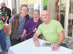 In pictures: Ross Kemp supports Thames Hospice fundraiser