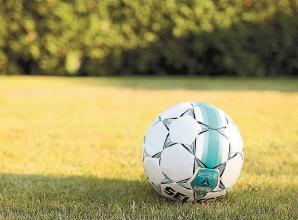 Hall of Fame: Maidenhead United Juniors turn on the styledifficult autumnal conditions